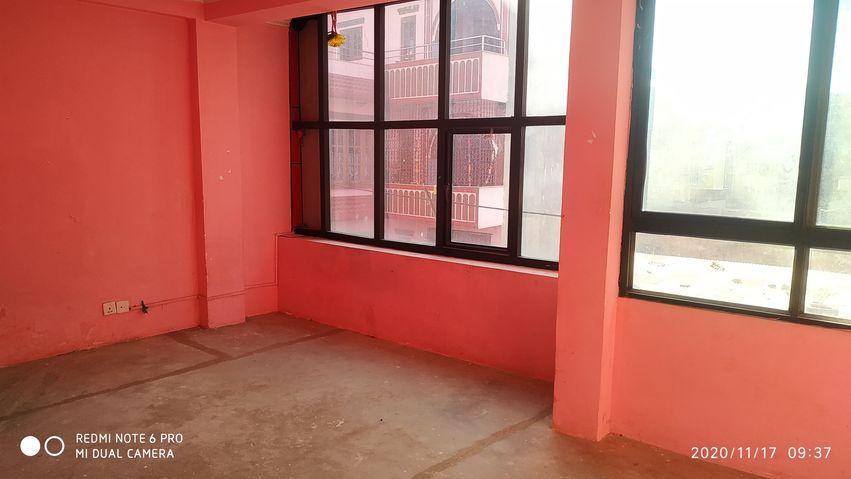 1 room, living+kitchen & bathroom