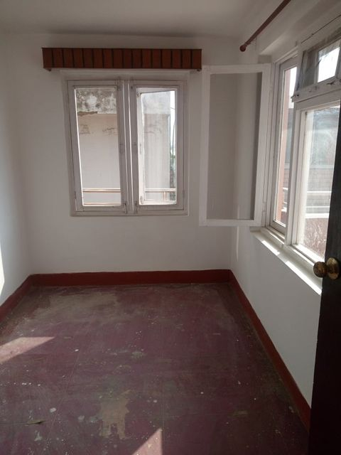 3 rooms, kitchen, bathroom flat with balcony