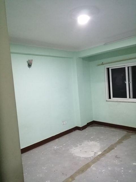 3 Bedrooms, Living room, Kitchen & bathroom flat