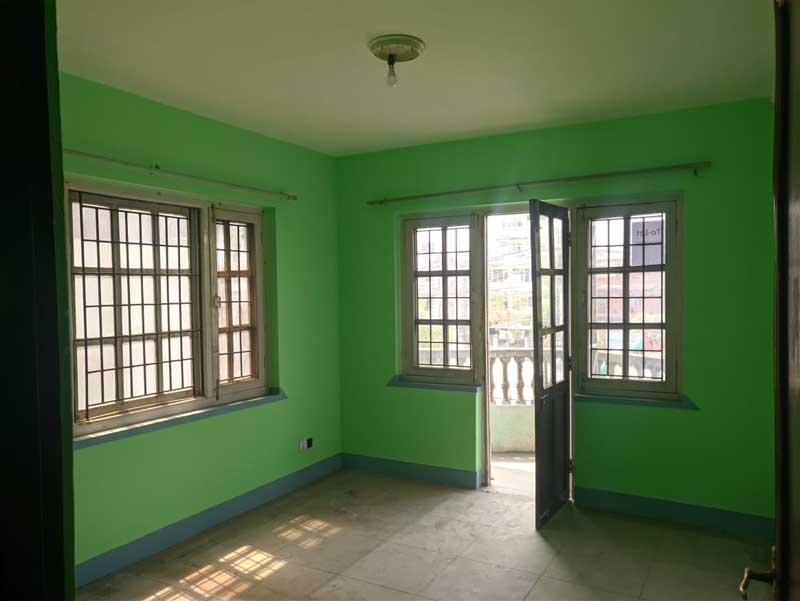 3 rooms, kitchen & 2 bathroom flat