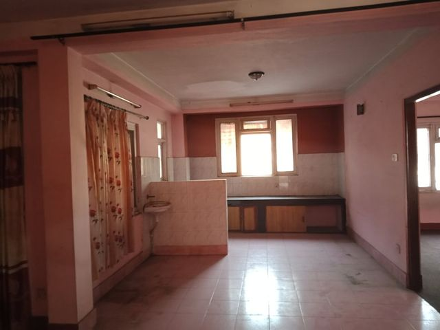 2bhk with 2 bathroom available at Mhepi