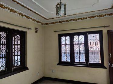 3 rooms, kitchen, bathroom flat In Gongabu