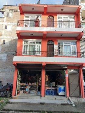 Shutter with six rooms rent